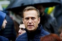Rus muhalif Navalnıy Almanya'ya nakledildi