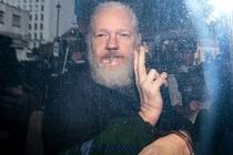 WikiLeaks'in kurucusu Assange, hakim karşısına çıktı, 175 yıla kadar ceza alabilir