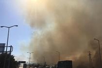 Yangın yerleşim yerlerine sıçradı