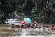 Vamco Tayfunu Filipinler'i vurdu Vietnam'da tahliyeler başladı