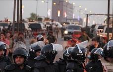 Güney Irak'ta gerginlik artıyor; polisle çatışmada 2 gösterici öldü