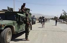 Afganistan'daki çatışmalarda 100 asker öldü