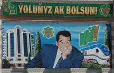 Türkmenistan'da erkeklere ilginç yasak