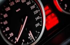 'Alman otomobilleri ABD'nin güvenliğini tehdit ediyor' tartışması