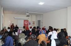 Şırnak'ta aile ve okul konulu konferans