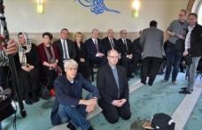 Almanya'da eyalet İçişleri Bakanı Pistorius'tan camiye destek ziyareti