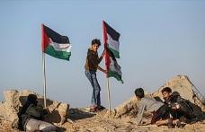 İşgalci İsrail güçleri bir Filistinliyi şehit etti