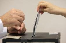Hollanda'da AP seçimlerini Timmermans kazandı, Wilders kaybetti