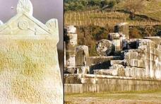 Çalınan Lidya dönemi Af dileme taşı 23 yıl sonra İtalya'dan geri geliyor