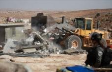 İsrail, Batı Şeria'da Filistinlilere ait 7 evi yıktı