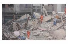 Gana'da 6 katlı kilise çöktü