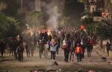 Tunus'ta 1000'den fazla gözaltı