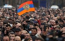 Karabağ savaşı ordu ile Başbakanı karşı karşıya getirdi