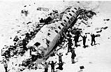 1972...Uçak kazasından arkadaşlarını yiyerek hayatta kaldı