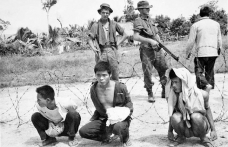 TARİHTE BUGÜN: ABD ile Vietnam barış antlaşması imzaladı