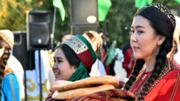 Türkmenistan Hasat Festivali