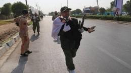 İran'daki saldırı anı kamerada