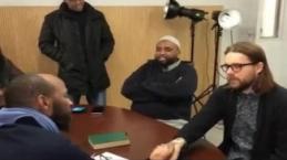 Norveçli genç Müslüman olunca gözyaşlarını tutamadı