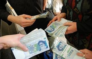 """""""40 yıldan bu yana İran'ı 200 aile rehin..."""