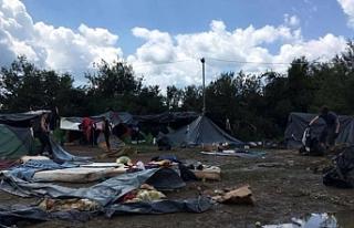 Bosna-Hersek sınırlarında göçmenlere askeri önlem