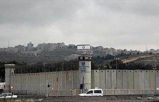 Filistinli tutuklular açlık grevine başladı