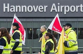 Hannover Havalimanı aşırı sıcaktan dolayı uçuşa...