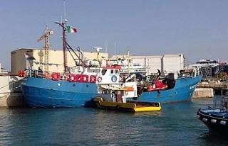 İtalya 67 sığınmacıyı denizde mahsur bıraktı