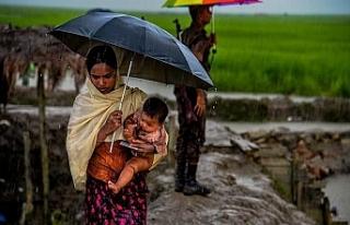 Arakan halkını şimdi de muson yağmurları tehdit...