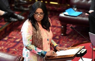 Avustralya'nın ilk Müslüman kadın senatörü...