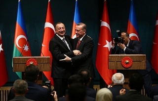 Azerbaycan Türkiye ekonomisine güveniyor