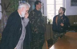 Bosna Savaşı'nda imamlarla topçu bataryası...