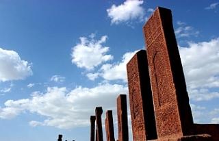 Dünyanın en büyük Türk İslam mezarlığına...