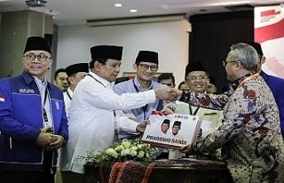 Endonezya'da başkanlık seçimleri için adaylar...