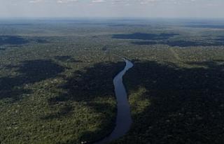 Kuraklık Amazon'larda 270 milyon ton karbon...
