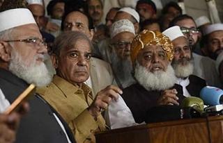 Pakistan muhalefeti cumhurbaşkanlığı için kendi...