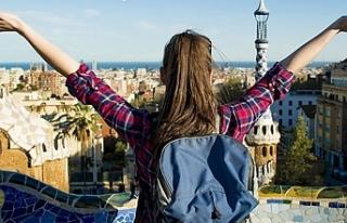 Türkiye'den bin 224 öğrenci 76 ülkeye gidecek