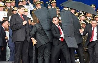 Venezuela darbe girişimi ile karşı karşıya