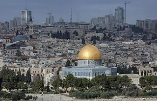 Büyükelçiliğini Kudüs'e taşıyan Paraguay'dan...
