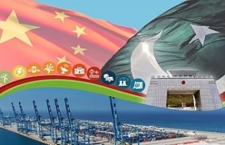 Çin Dışişleri Bakanı Pakistan'da
