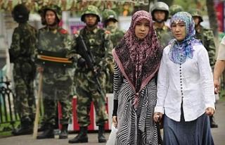İnsan Hakları İzleme Örgütü: Çin Uygur Türklerine...