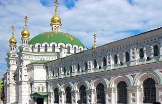 Rus Ortodoks Kilisesi'nden Fener Rum Patrikhanesi'ne...