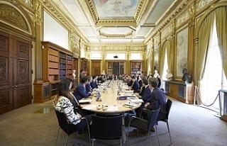 Ticaret Bakanı yeni anlaşmalar için İngiltere'de