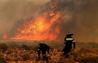 Yunanistan'daki felakette ölü sayısı artıyor