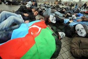 'Hocalı kurbanları' Taksim'de