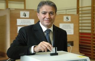 Belçika'da Türk belediye başkanı yolda
