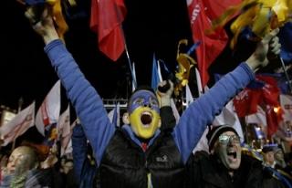 Avrupa yanlısı Ukraynalılar sokakta