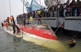 Bangladeş'te feribot kazası: 26 ölü