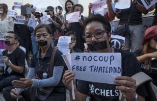 Tayland'da darbe karşıtı gösteriler sürüyor
