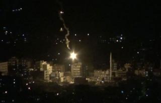 Cizre'de polise roketli saldırı: 2 yaralı