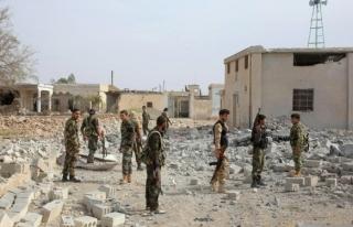 Koalisyon güçleri Suriye ordusunu vurdu